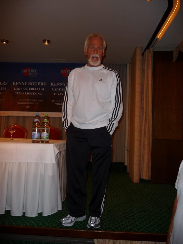 Press Conf.2009 (K.Rogers)