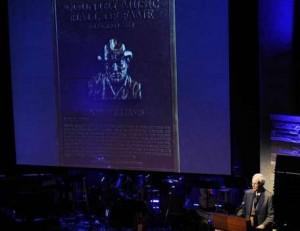 Don Williams premiato con il medaglione della Hall of Fame