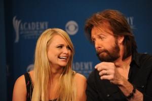 Miranda Lambert e Ronnie Dunn durante la conferenza stampa per l'annuncio delle candidature