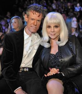 Randy Travis con l'ex moglie Elizabeth