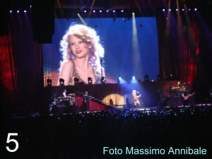 Taylor Swift - 15.3.2011, Assago (MI)